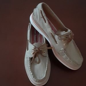 Sperry size 8 1/2 shoes